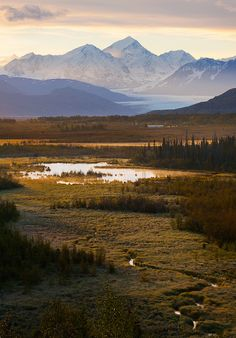 Sunrise along the #Knik River, #Alaska, USA (by Bob Martin).