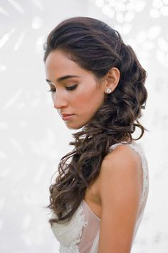 18 Party Perfect Pony Tail Hairstyles For Your Big Day ❤ See more: http://www.weddingforward.com/pony-tail-hairstyles/ #weddings #hairstyles