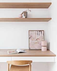 Imagine all the work we could get done if we had a beautiful home office like Oh and BTW. Did you spot the Tone Planter by Available online now through the Hunter Style Studio website . Home Office Space, Home Office Design, Office Decor, House Design, Office Spaces, White Interior Design, Interior Decorating, Tiny Living Rooms, Compact Living