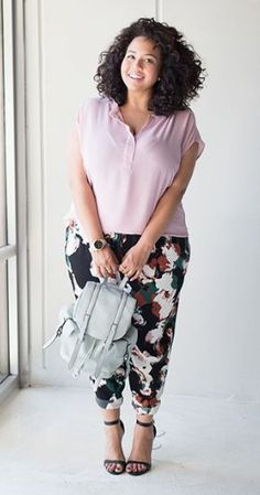 Stylish Plus-Size Fashion Ideas – Designer Fashion Tips Plus Size Fashion For Women, Plus Size Womens Clothing, Plus Fashion, Trendy Clothing, Fashion Styles, Plus Size Girls, Moda Plus Size, Plus Size Dresses, Plus Size Outfits