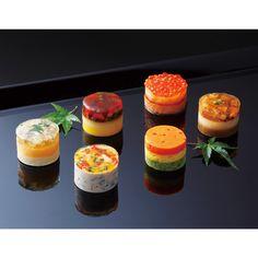 〈京都 吉兆〉涼彩ゼリー寄せ Timbale Recipe, Recipe Sites, Recipes, Creative Food, Food Presentation, Food Design, Food Plating, Japanese Food, Fine Dining