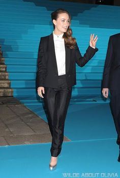 Must Try: PANTSUITS! a classic tux with a white shirt is an easy to achieve look for work! add metallic accessories for an evening  out!
