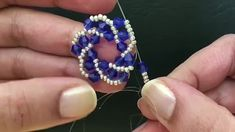 Video Beading Patterns Free, Beaded Jewelry Patterns, Beading Tutorials, Bead Jewellery, How To Make Beads, Bead Art, Bead Weaving, Beaded Earrings, Jewelry Crafts