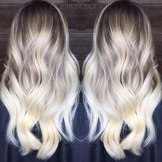 """❄️Ice Ice Baby Blonde❄️ This an """"other side of the pillow"""" Balayage.  Mirror pic again!"""