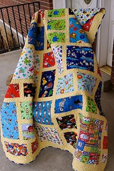 Eye Spy Quilt-Like the pattern for this I-spy quilt. She us other really nice quilts on her blog.