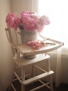 Love the high chair and flowers! (Cabin & Cottage)