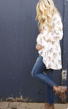 Try Stitch fix Maternity! Expecting a bundle of joy?The best clothing subscription box ever! Pregnancy and Maternity clothes styled especially for you. This style board has 2016 maternity outfit inspiration. Stitch fix is only $20 a fix! Sign up now! Just click the pic...You can use these pins to help your stylist better understand your personal sense of style.