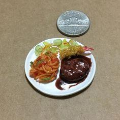#大人様ランチ #ナポリタン #ハンバーグ #海老フライ #サラダ #platelunch #neapolitan #hamburgsteak #friedprawn #salad #lunch #diner #yummy #yum #handmade #claywork #miniature #fakefood