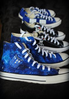 960c5cb526c3 Personalized handpainted Dr Who Tardis shoes