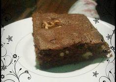 brownie de algarroba Diet, Desserts, Food, Smoothie, Mug Brownie Recipes, Cake Recipes, Vegan Recipes, Food Cakes, Deserts