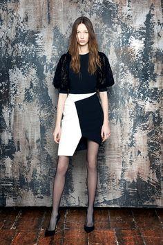 Sfilata Emanuel Ungaro Parigi - Pre-Collezioni Autunno-Inverno 2016-17 - Vogue
