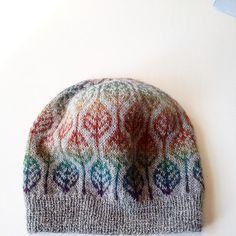 Beginner Knitting Patterns, Diy Crochet And Knitting, Arm Knitting, Crochet Hats, Knitting Ideas, Knitting Projects, Knitted Blankets, Knitted Hats, Wooly Hats