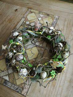 Osterdeko - wildes Häschen - ein Designerstück von TinaKreativ bei DaWanda Designer, Party, Christmas Wreaths, Etsy, Holiday Decor, Home Decor, Easter Activities, Decoration Home, Room Decor