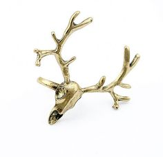 SALE! Stunning Vintage Stempunk deer skull with big horns brass adjustable ring.    Measurements:  1.5in x 1.8in (3.8cm x 4.6cm)  Inner diameter: 0.7in (1.8cm)