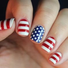 Happy 4th of July weekend! We love this simple patriotic nail art. Show us your #4thofJuly manis by tagging us #RCMNailIt