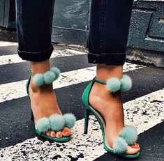 Schuhe! Diese Schuhe sind absolute Must-haves für SS 2016! #shopping Shoe Shopping!                                                                                                                                                     More