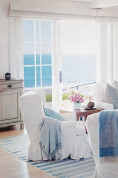 Gorgeous beach home by pauline