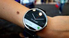 Moto 360 primo smartwatch con sensore illuminazione