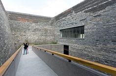 Ningbo Historic Museum / Wang Shu, Amateur Architecture Studio - © Iwan Baan