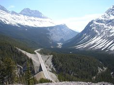 Icefields Parkway, Alberta, Canada.