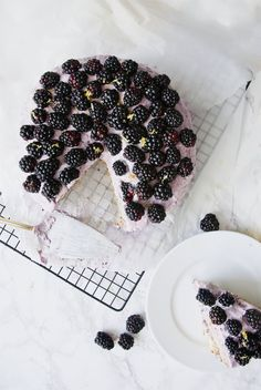 blackberry lemon cake