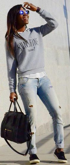 Grey Sweatshirt + Ripped Jeans + Slip On Sneakers Outfit