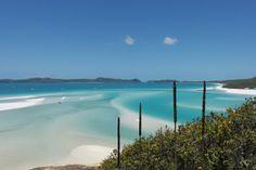 Probably the most beautiful #beach in the world: Whitehaven Beach, Australia. #whitehaven #bestbeach #paradise #whitsundays #australien #australia #travel #travelblog #island #whitsundayislands #reisen #reiseblog #strand