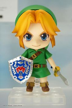 Young Link Nendoroid figure by Good Feel Company<- That's a very good name considering that just looking at it makes me strangely happy feeling.