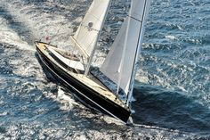 Sea, wind, yacht, sail ... What could be more beautiful !!!