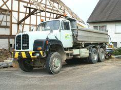 ▐ saurer_d_330N | 1978 •3♥28•23-12-2020• #saurer_d330N Dump Trucks, Track, Europe, Vehicles, Vintage, Bern, Motor Engine, Truck, Rolling Stock