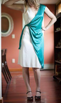 Farrah Fawcett Dress // 70s Wrap Dress // by FarFieldVintage