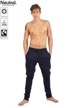 Klar til fitness? blev det med disse smarte jogging bukser fra Neutral - kun 249,95 kr.   køb dem her: http://shnatural.dk/collections/maend/products/sweatpants