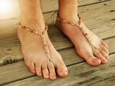 Jasper Barefoot Sandals Men, Foot Jewelry, Men Bare Sole Sandals, Men Beach Shoes, Men Sandals, Soleless Footwear Men, Hemp Sandals Ward off the Evil Eyes staring at you, maybe you are wearing shoes, maybe not? They will surely look away when they see the eyes staring back at them! *Eco Friendly Hemp *Jasper Gemstones *Sold by the Pair *Adjustable Fit *Comfortable Braided Toe Loop *Disguise your bare feet in public These hemp barefoot sandals are created with Eco-friendly hemp, wooden evil…