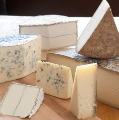October is American Cheese Month! Check out this list of cheese's to try. (Via Whole Foods Market) Kinds Of Cheese, Meat And Cheese, Wine Cheese, Cheese Food, Antipasto, Charcuterie, Gouda, Flan, Wine Recipes