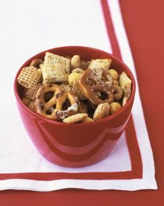 Our version of this classic mix features pretzels and wholesome cereals, plus the grown-up flavors of olive oil and Parmesan.
