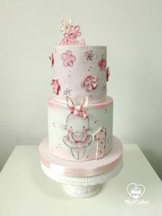 for little girl by MOLI Cakes