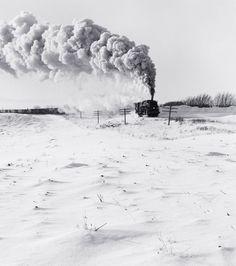 Great Northern Railway Extra 3387 East photo by David Plowden; Near Delano, Minnesota, 1956