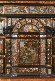 An Italian tortoiseshell, ebony, ebonised and ivory cabinet applied with paintings on glass, Neapolitan mid century - Détail Ivory Cabinets, Antique Cabinets, Baroque Furniture, Art Furniture, Painted Furniture, Antique Curio Cabinet, Renaissance Furniture, Base Moulding, Empire