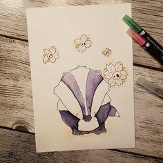 (Freiwillige Werbung durch Accountnennung)  Mein zweiter Beitrag zu der #animalswithflowers #challange von @pikkablue, @larakraft, @eineckig und @sturmhimmelgrau. Heute dürft ihr Dieter Dachs kennenlernen 😊. #animalswithflowers #thingswithflowers #aquarellstifte #docrafts #hobby #dicketiere #danilinsi #zeichnen #malen #skully #skulls #skullflower Instagram, Diy, Shawl, Angel, Badger, Volunteers, Getting To Know, Hobbies, Advertising