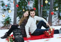 Everlasting images Christmas winter couple photography Fun Christmas Photos, Xmas Photos, Christmas Couple, Winter Photos, Christmas Minis, Winter Ideas, Christmas 2016, Christmas Ideas, Merry Christmas