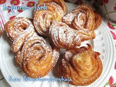 Joghurtos fánk (Gluténmentesen is) Doughnut, Paleo, French Toast, Muffin, Cooking Recipes, Breakfast, Food, Morning Coffee, Chef Recipes