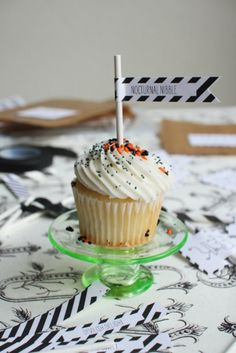 Halloween Printables + a Black Flag DIY | The Sweetest Occasion