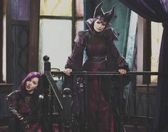 Now that's wicked! The upcoming Disney Channel Original Movie The Descendants starring Dove Cameron, Cameron Boyce, Sofia Carson, and Booboo. The Descendants, Disney Descendants Characters, Disney Villains, Descendants Pictures, Descendants Costumes, Disney Channel Movies, Disney Channel Original, Original Movie, Disney Films