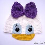 Daisy Crochet Hat Pattern - via @Craftsy