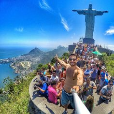 GoGo Robots Selfie Stick - Easily Connects Via Bluetooth with Iphone 6 Plus, Galaxy, Android + Any Smartphone. The Gogo Selfie Is Wireless, Extendable & Takes the Perfect Photo Every Time Epic Photos, Cool Photos, Christ The Redeemer Statue, Scenery Background, Brazil Travel, Adventure Bucket List, Selfie Stick, Top Of The World, Nice View