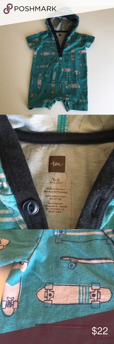 🎪HP🤖 EUC Tea Collection Boys Skateboard Romper EUC Tea Collection Boys Skateboard Hooded Romper! Absolutely adorable! 6-9 months! Fading is by manufacturer design! Worn very few times- maybe twice! Condition is excellent! Only minor wear! Snap closure and button closing on top! Cute functioning front pockets Perfect for Spring! My twins are 10 months now and too tall for this cute romper! Reasonable offers welcome 🚲🤖🎪 Tea Collection One Pieces Bodysuits