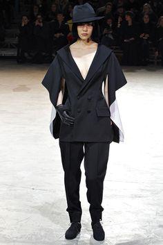 Yohji Yamamoto - Fall 2013 Ready-to-Wear