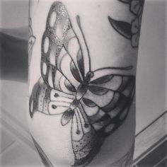 Fjäril på armbågen