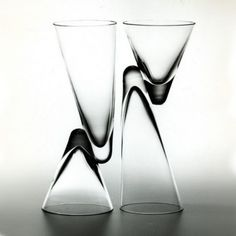 Danese Milano Paro Double Wine Glass ~ now this is different! Robin