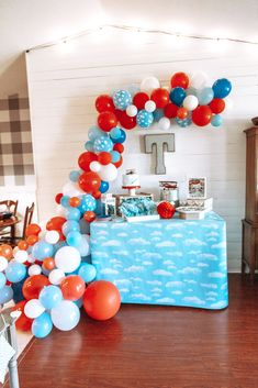 Time sure flies! Planning an airplane party and want to wow your guests? Check out how we focused on a few main decor pieces to make this airplane birthday party take off. Time Flies Birthday, Blue Birthday Parties, 1st Boy Birthday, Birthday Cakes, 4th Of July Decorations, Birthday Party Decorations, Planes Birthday, Helicopter Birthday, Airplane Party